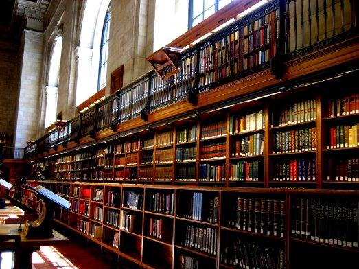 nyc-library-bookshelves